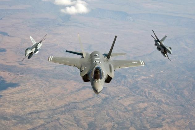 F-35F16